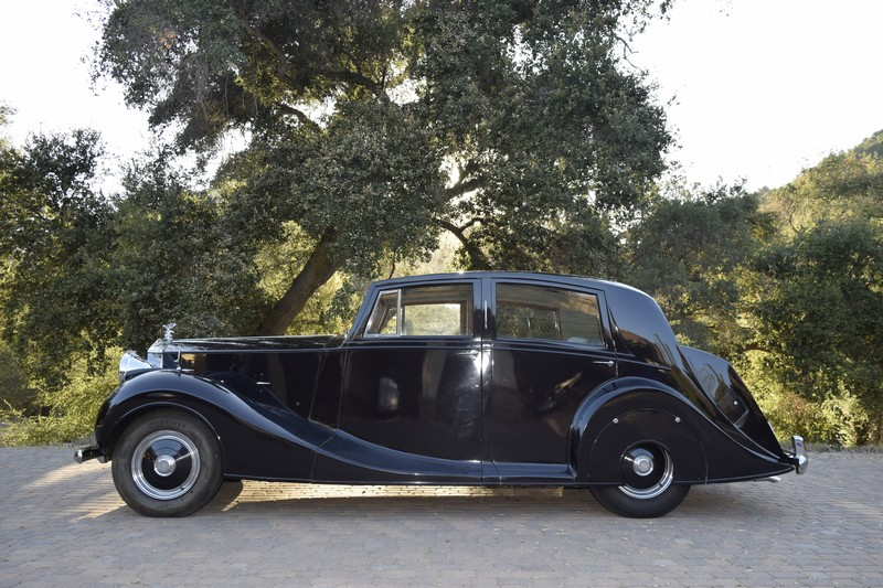1951 Rolls Royce Silver Wraith WOF1 Side profile view